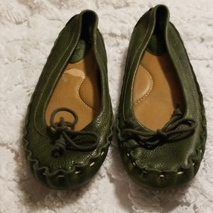 Fossil flats size 6